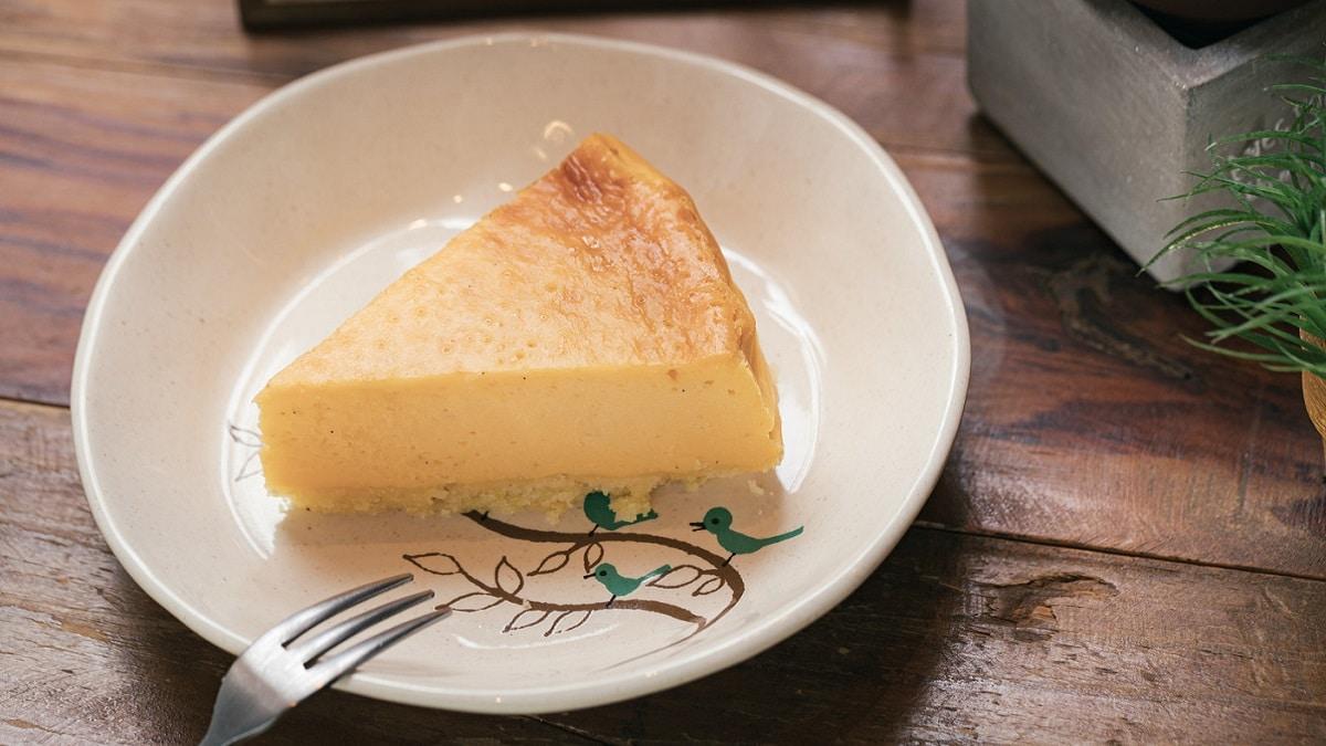カフェのチーズケーキ