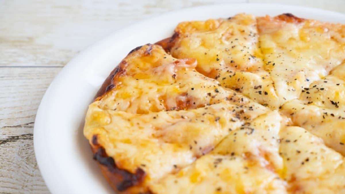 ピザ チーズ