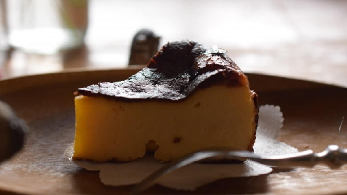 バスクチーズケーキ・バスチー